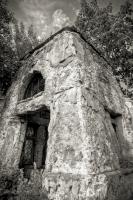 Смоляны. церковь св. Алексея. Усыпальница